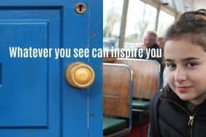 מיינד דה גאפ. פוסט על לונדון בבלוג tamariandme.com תמרי סלונים ליבס. ילדה במעבורת ודלת עץ כחולה